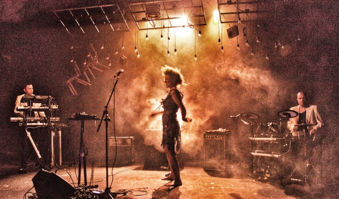 Medea Electronica at Ovalhouse